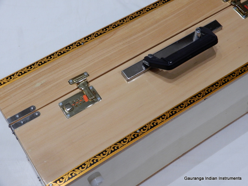 portable Indiaas harmonium